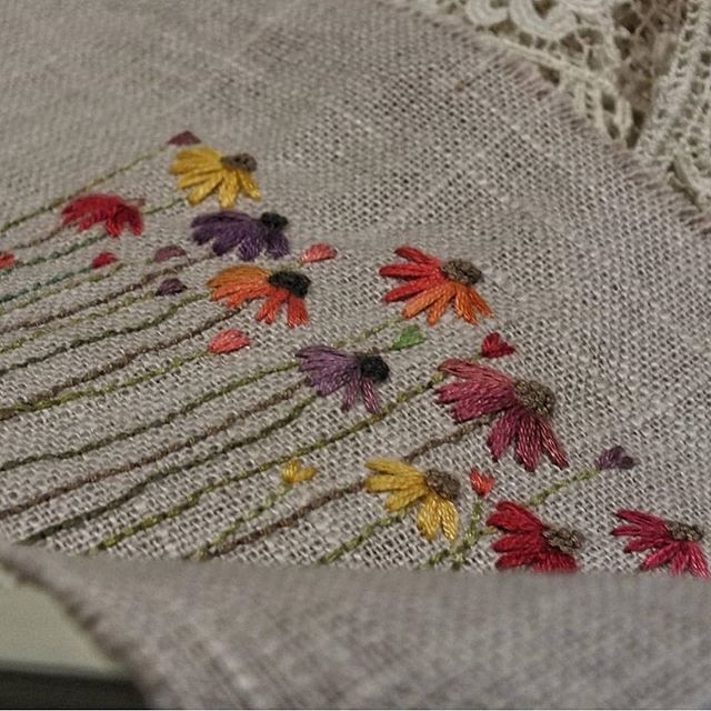 ❤️❤️❤️❤️❤️#beautifulcreation #embroidery#needlelace #needlework #needlepoint #nakış #handmade #laizydaisy #papatya