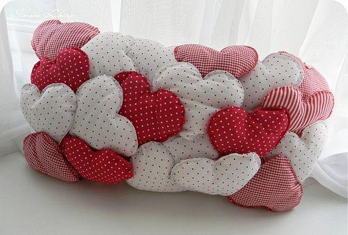 Decoração-com-almofadas-divertidas-2