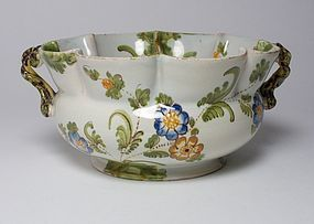 Antique Italian pottery Cantagalli majolica bowl