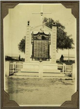 War memorial on Capper Street, Gayndah 1929