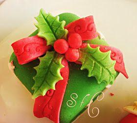 Φτιάξτε γλυκά δωράκια για τους φίλους σας . Mini cakes για τα Χριστούγεννα.