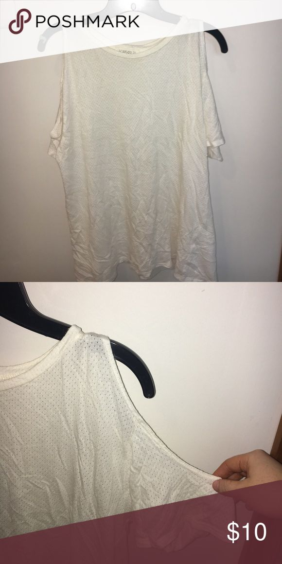 Varsity Mesh Cold Shoulder Tee Size Small cold shoulder mesh Tshirt! Slightly worn. Super trendy tee for the summer!! Forever 21 Tops Tees - Short Sleeve