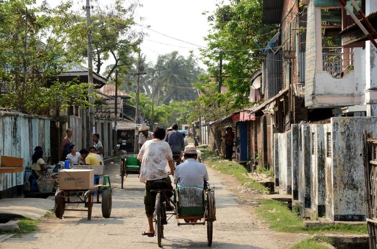 Straßenszene in Sittwe