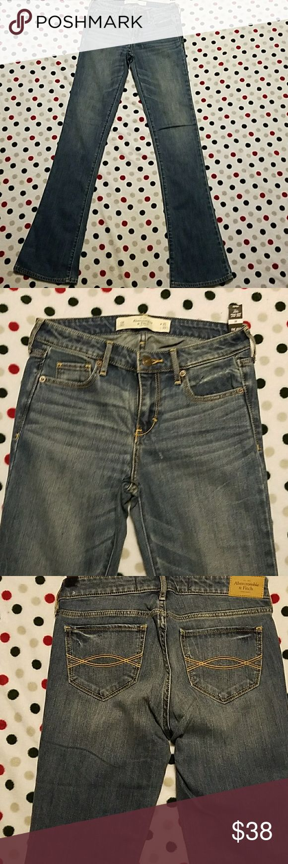 NWT Abercrombie and Fitch jeans size 0 skinny boot Brand new with tags Abercrombie and Fitch jeans size 0 skinny boot 25x33 Abercrombie & Fitch Jeans Boot Cut