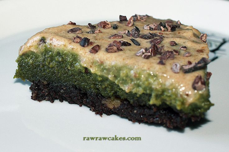 Raw Vegan Matcha Almond Cake