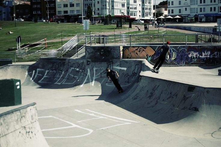 bondi beach skate park - urban acid