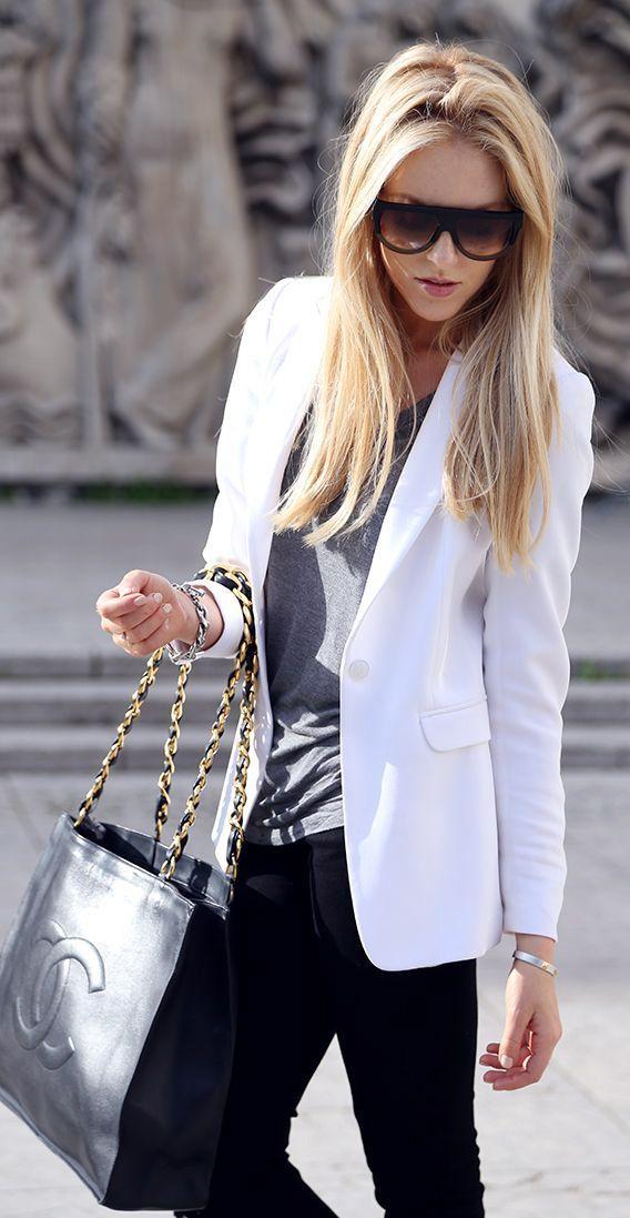 long structured white blazer, grey t-shirt,black pants