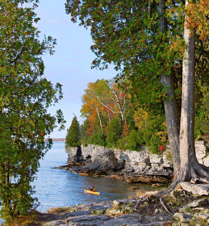On a peninsula jutting into Lake Michigan, this one Wisconsin county contains 11 towns (and an island). In and around them, you'll find wineries, orchards, boutiques, art galleries, lighthouses and hiking trails.