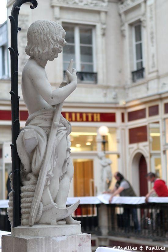 Statue Passage Pommeraye
