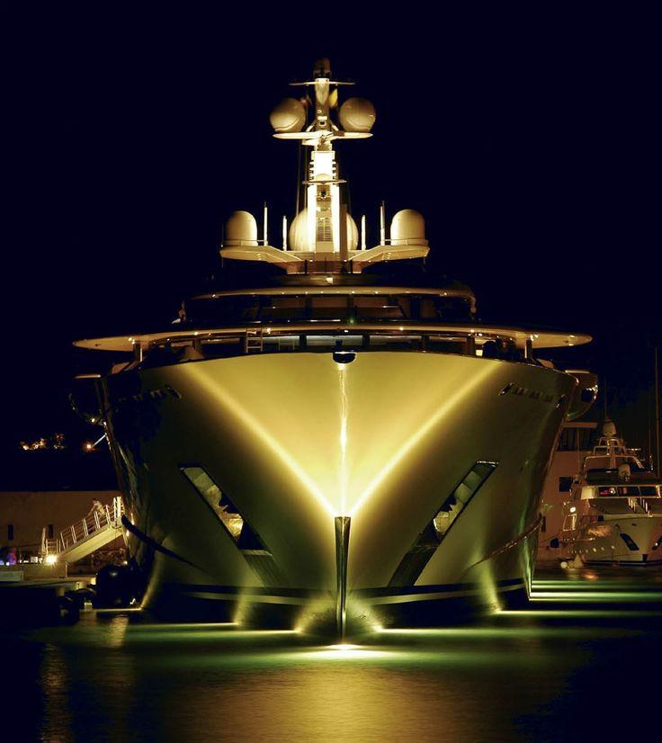 Yachts At Night Pelorus at nigh...
