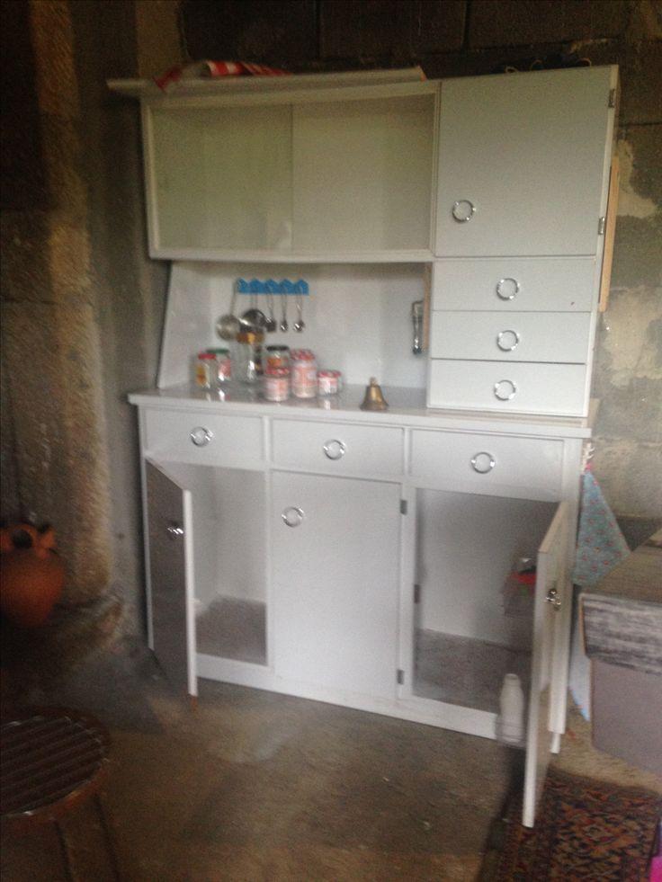 Cozinha com um ☝️ armário!! Mas ao mesmo 😒 tempo inacabada 😭📚