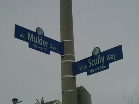 Salute to X-Files street signs in the Ottawa area. Yes, these actually are real... they are located in Orleans.
