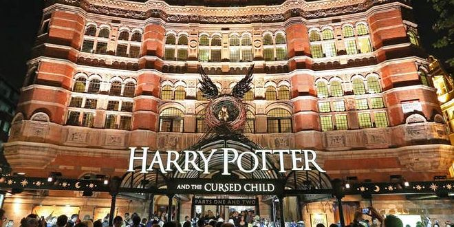 Fansunleashed Harry Potter And The Cursed Child London Remains Suspended Through February 2021 The Suspension Of The Down Harry Potter Cursed Child Potter