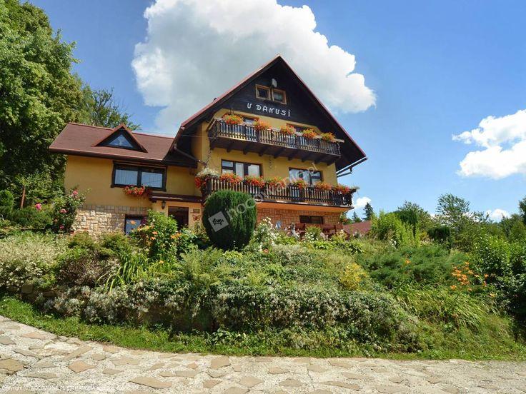 U Danusi to obiekt z Wisły oferujący pokoje 2, 3, 4 osobowe z TV. Szczegóły na: http://www.nocowanie.pl/noclegi/wisla/kwatery_i_pokoje/89410/ #mountains