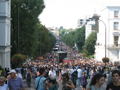 Google Image Result for http://www.globalvoicesonline.org/wp-content/uploads/2007/08/notting-hill-4-ladbroke-crowd.jpg