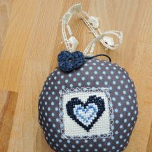 Heart patterned cross stitch hanging heart - DolceDecor home decoration