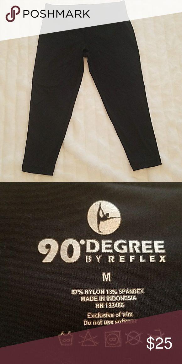 90 Degree by Reflex workout Capri leggings 90 Degree by Reflex black workout Capri leggings. Excellent condition. Size Medium. 90 Degree by Reflex  Pants Capris