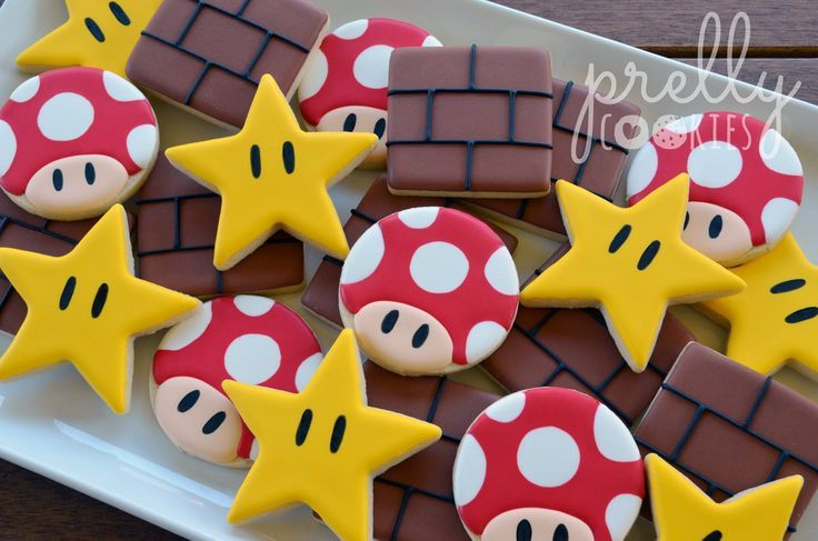 Prelly Cookies - Super Mario inspired cookies. I LOVED this game...
