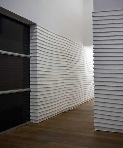 Job Koelewijn, Broken White (1998-2010). © Gert Jan van Rooij, Museum De Paviljoens