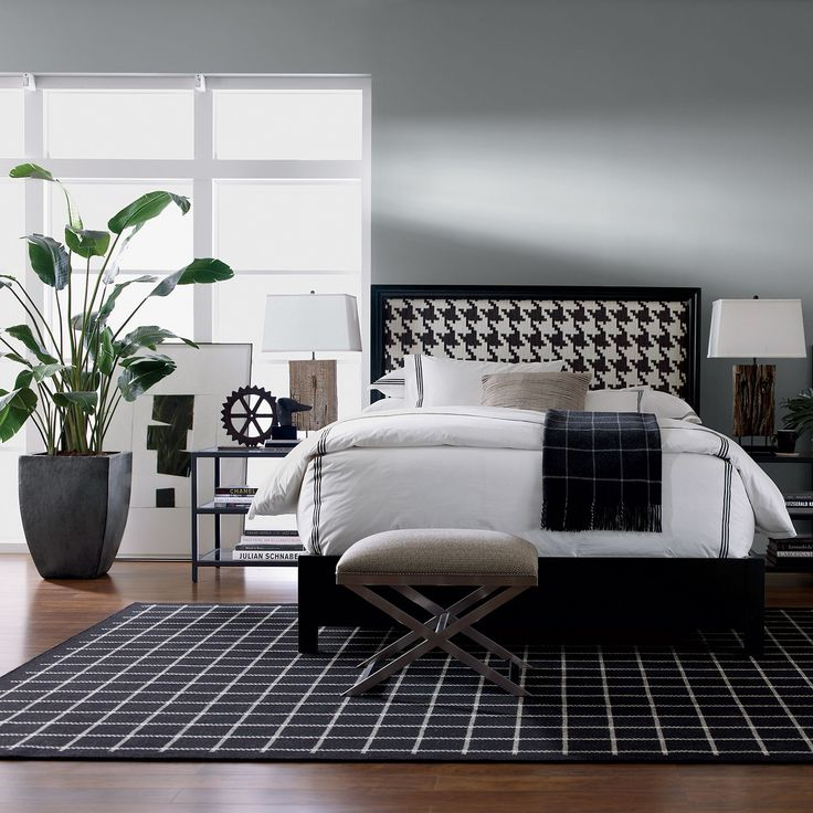 Ethan Allen Bedroom Sets Zen Type Bedroom Design Eiffel Tower Bedroom Decor Italian Bedroom Furniture Online: 111 Best ETHAN ALLEN :: Black And White Interiors Images