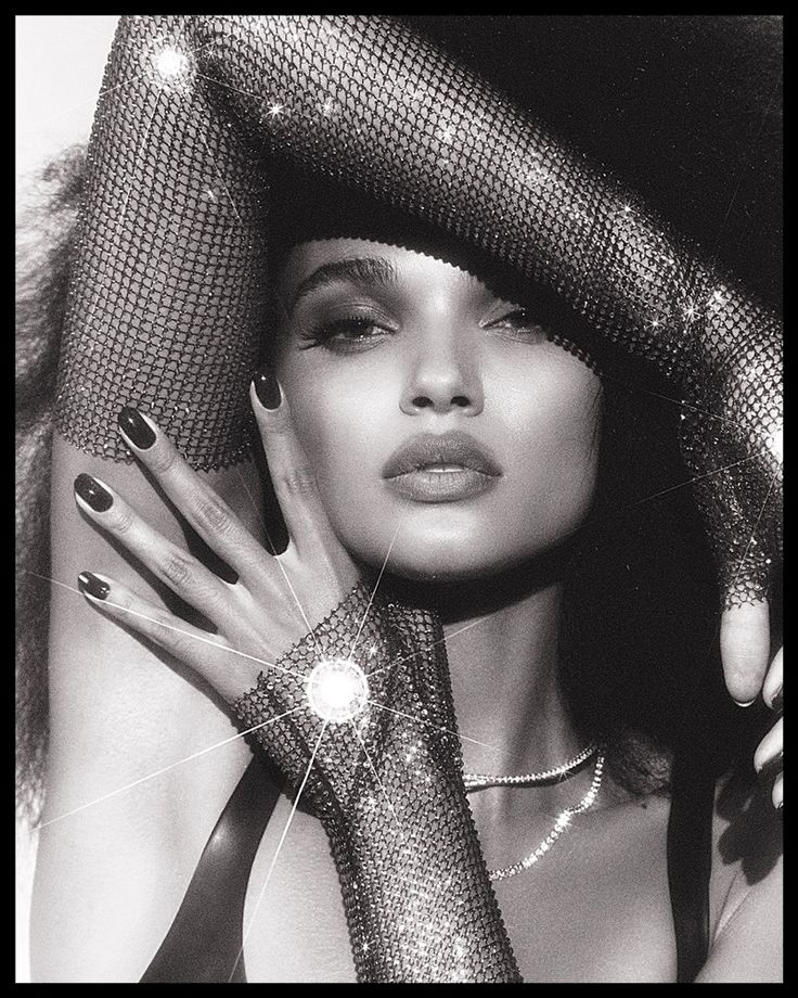 Daniela Braga | Pop Diva Fashion Editorial | Vogue Brazil