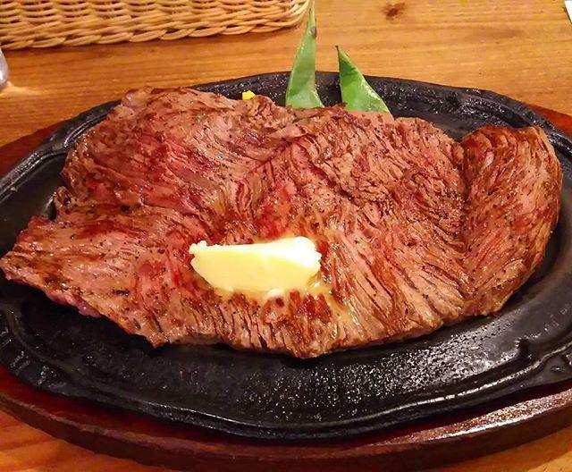 昼からステーキ😁  #ステーキ #昼から #400g #この上なき #幸せ(笑) #肉 #東京 #大田区 #蒲田 #B&M
