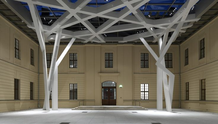 Glass Courtyard, Jewish Museum Berlin - Libeskind