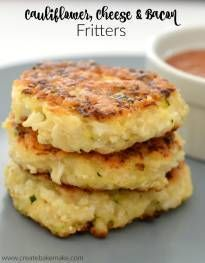 These Cauliflower Cheese and Bacon Fritters are the result of the OBSESSION that I currently have with all things Cauliflower thanks to pregnancy cravings.