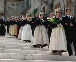 Traditional costumes, Abruzzo, Italy.