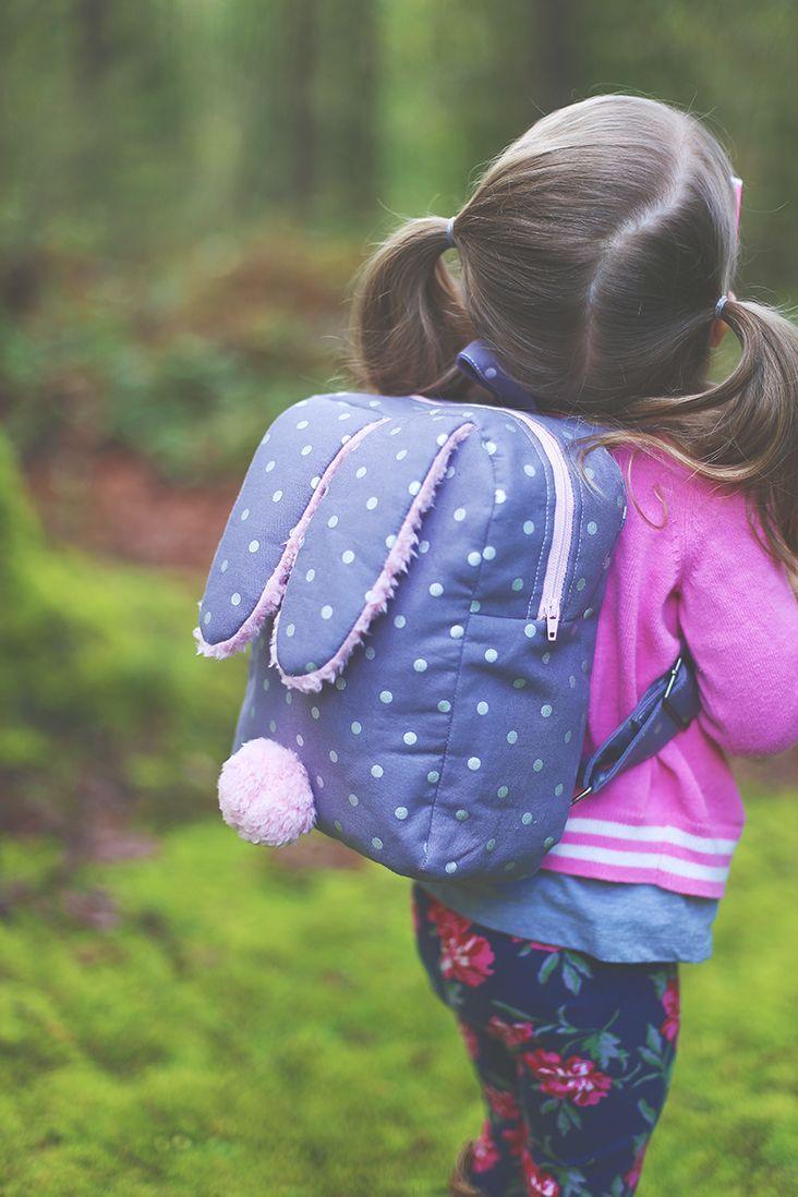 Bunny Toddler Backpack Free Pattern - Sew Much Ado - Free pattern and step by step Photo tutorial - Bildanleitung und gratis Schnittvorlage More