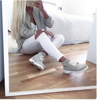 jacket grey sweater boots timberlands timberland outfit baddies shoes