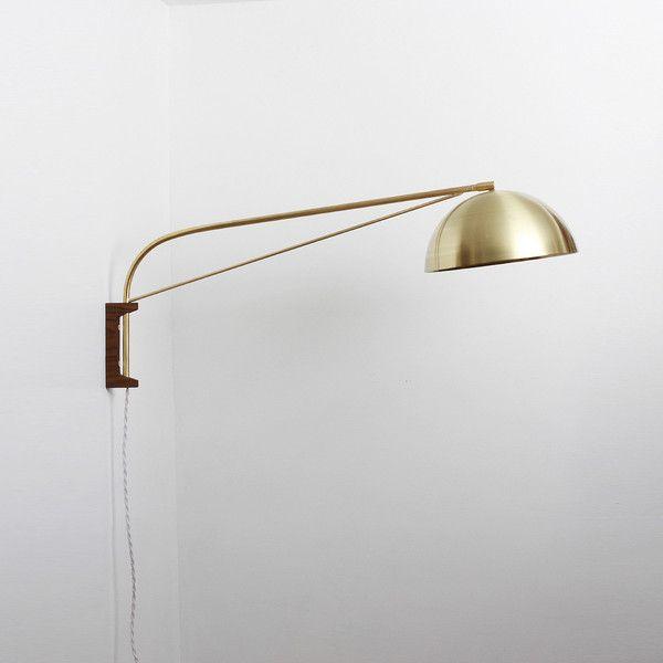 Half dome wall lamp
