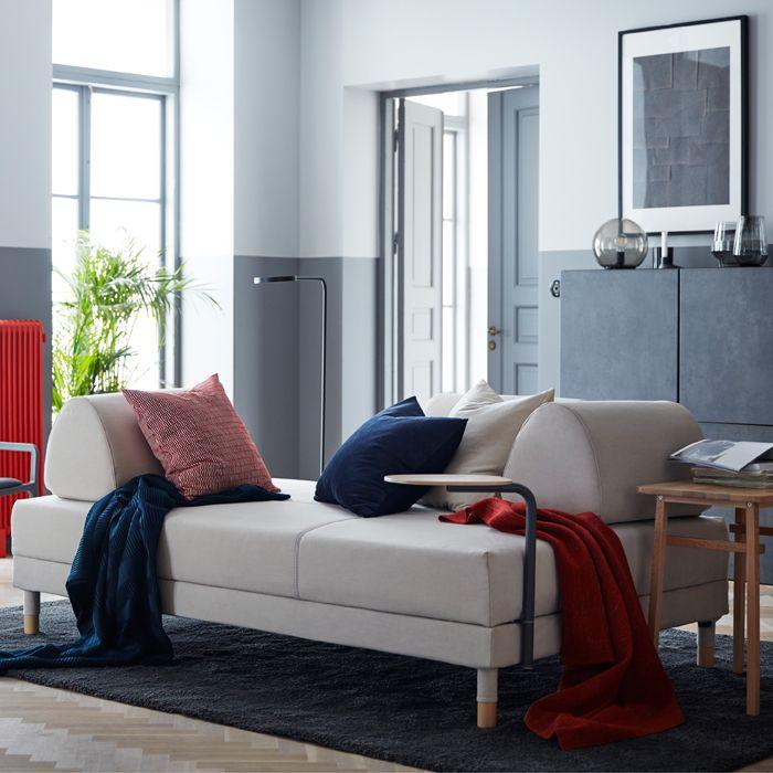 Ikea deutschland flottebo bettsofa mit bezug lofallet in beige mit tisch und kissen