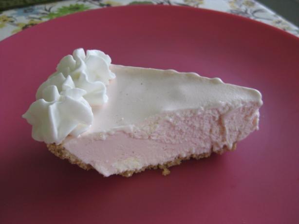 World's Easiest Lemonade Ice Cream Pie: Refreshing Desserts, Recipe, Hot Summer Day, Food, Lemonade Ice, Frozen Pies, Ice Cream Pies, Summer Treats, Easiest Lemonade
