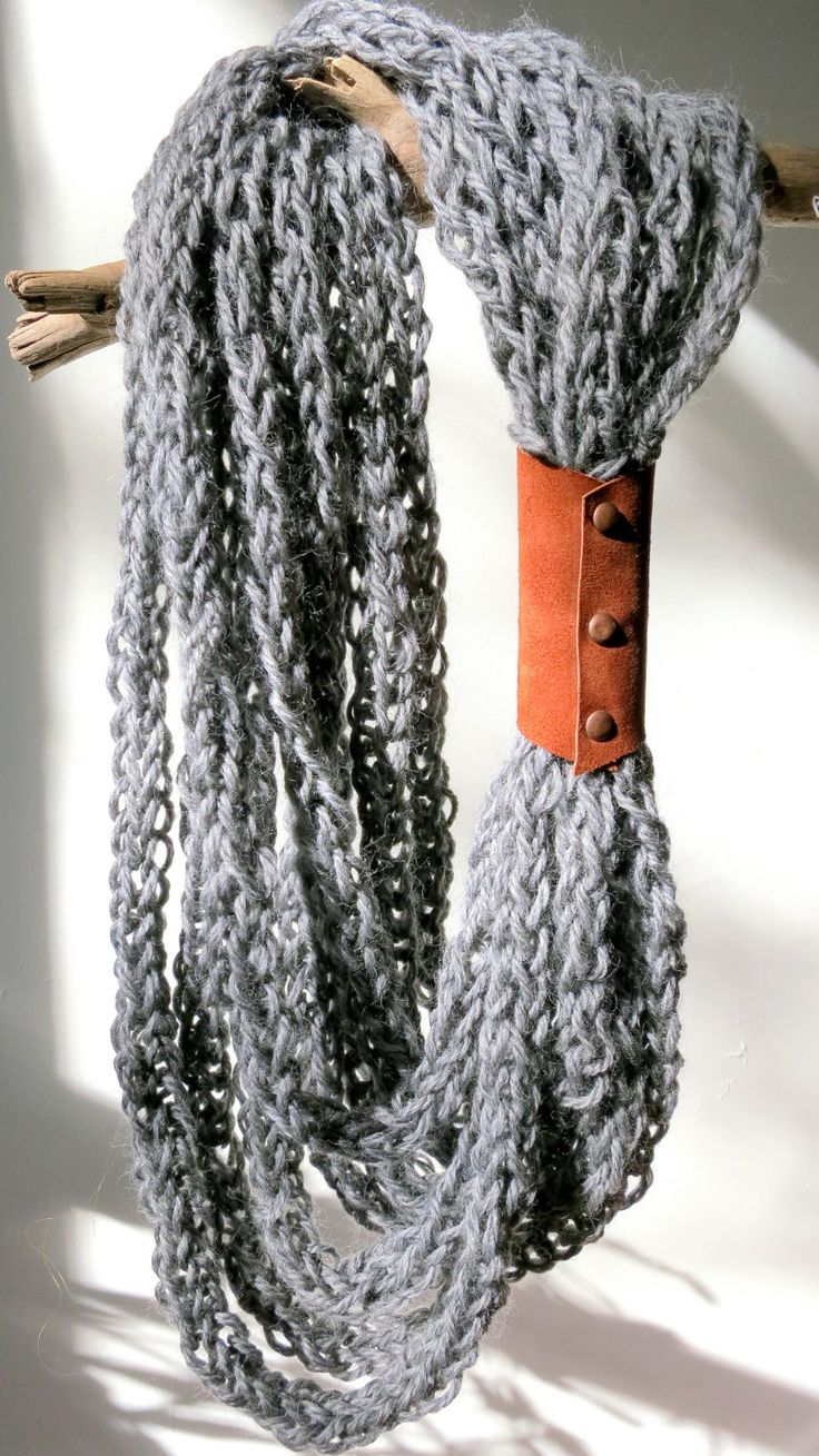 Chunky knit necklace with suede closure in soft gray.     Handmade finger-knit necklace in 100% Romanian wool.    www.etsy.com/shop/greenandgray