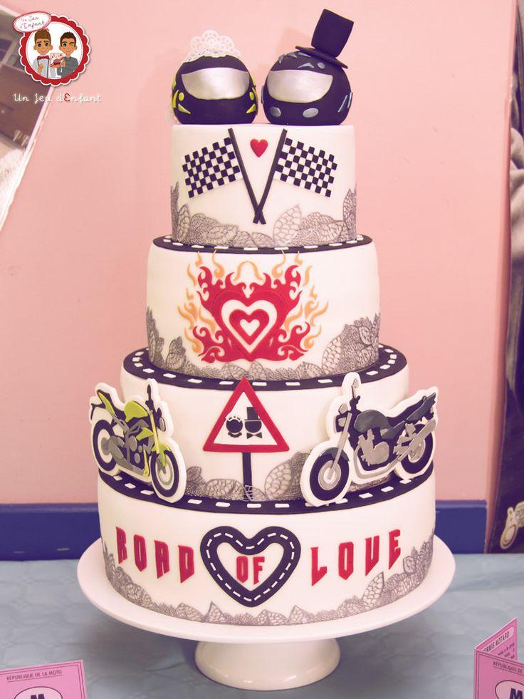 Wedding Cake Moto - Gâteau de mariage thème Moto - Un Jeu d'Enfant Cake Design Nantes France