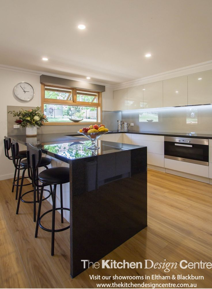 A modern style kitchen completely fit out with all the practical solutions you could dream of! www.thekitchendesigncentre.com.au @thekitchen_designcentre