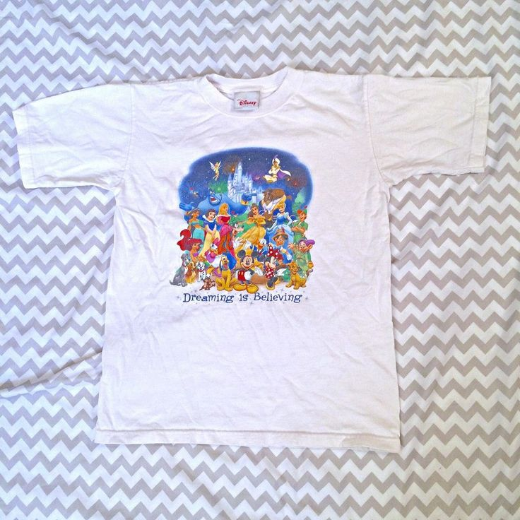Disney Store Shirt Dreaming Is Believing Character White Size Medium Juniors  | eBay