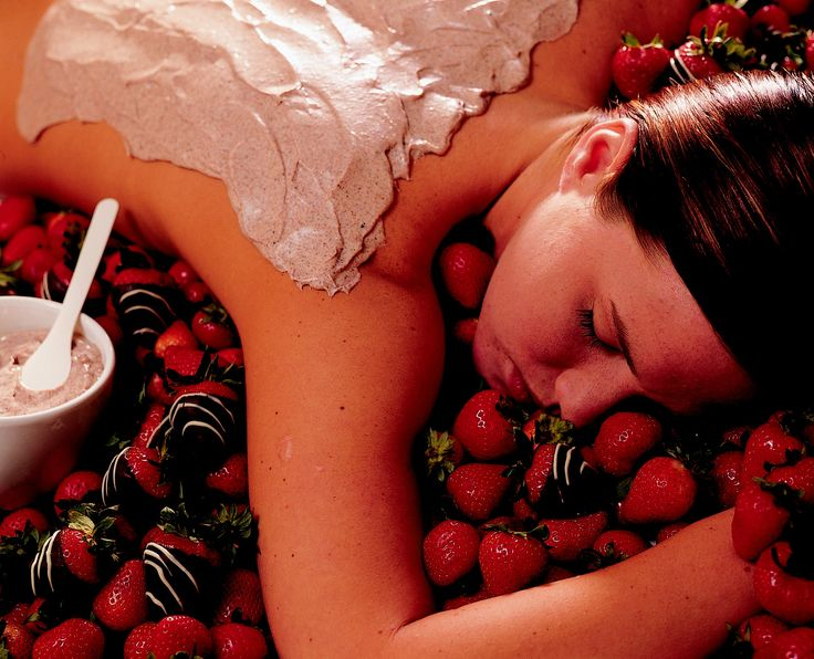 Strawberry Massage Pamper Package Indulge in our Strawberry Massage Pamper Package - includes 75 mins Massage & free Strawberry Champagne. Or try our Chocolate Pamper Package https://goo.gl/JFhTvv