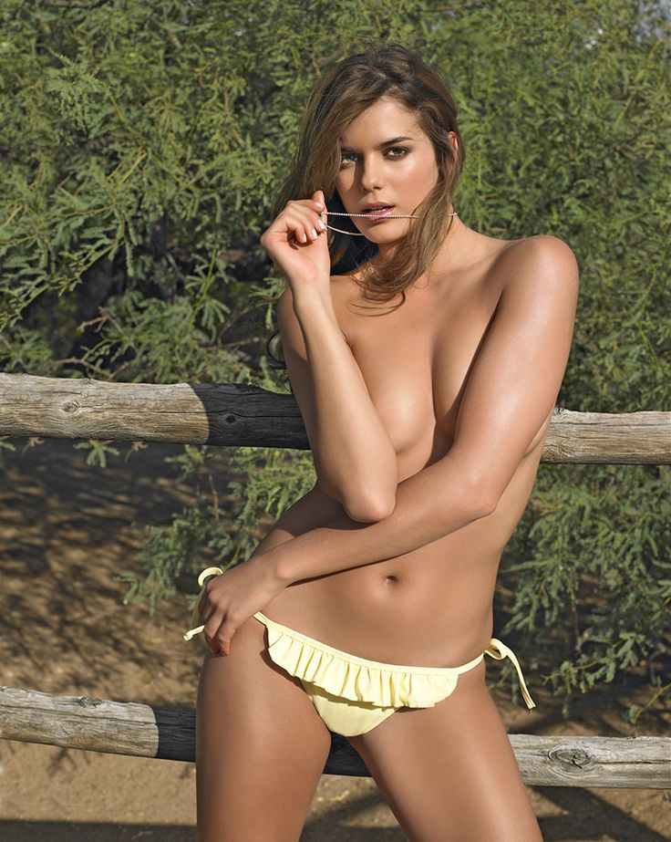 Yesica Toscanini's Best Moments: SI Swimsuit 2006 and 2007