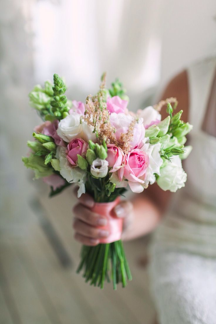 Bridal bouquet: eustoma, Astilbe, rose