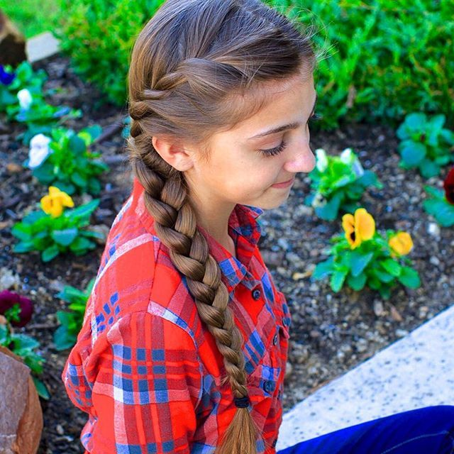 French Twist into Side Braid | Cute Girls Hairstyles   I'm so happy that Kamri made her first video and I hope that she continues to make more! I love this hairstyle. It's so simple and easy, yet very pretty. @CHHairstyles @MrsHairdo   Please share with Kamri: I'm 12 years old in the seventh grade, just like you. I love you! You're a very beautiful person. Please continue to make awesome hair tutorials! ~Julia