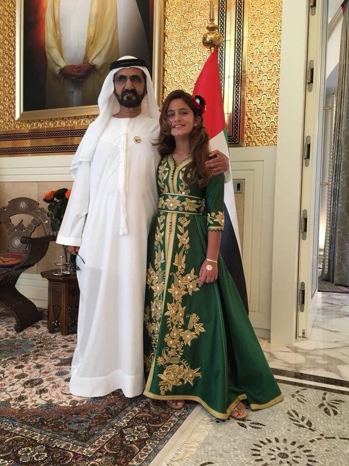 того как молодая жена с арабами руками, приник