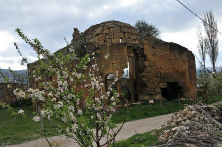 Dağ Pazarı - Libanon Zedern und Basilika