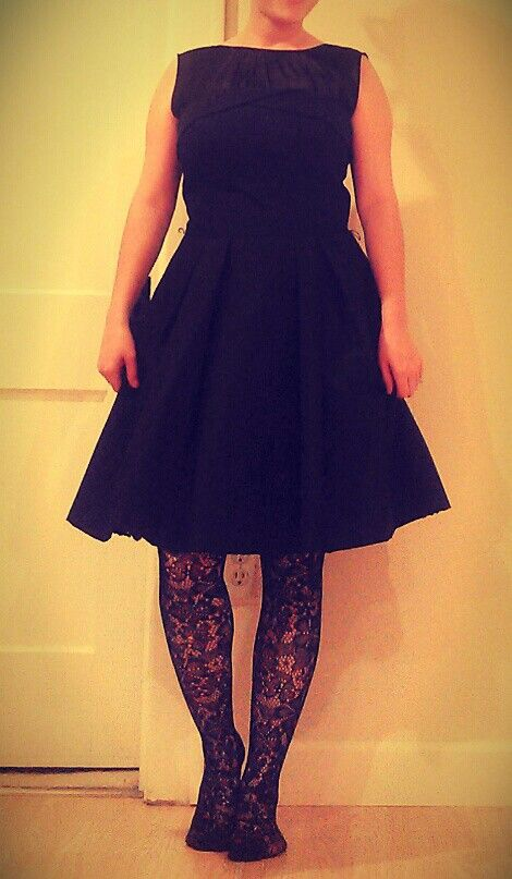 Awesome dress find, modified into a sweet 50's dress by my talented friend Elizabeth! Now i just need a belt for some color!