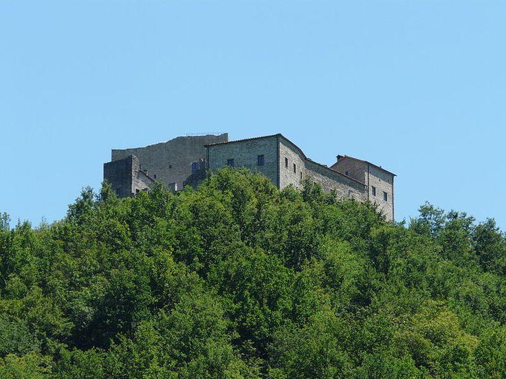 File:Gragnola (Fivizzano)-castel dell'Aquila2012-4.jpg - Wikipedia