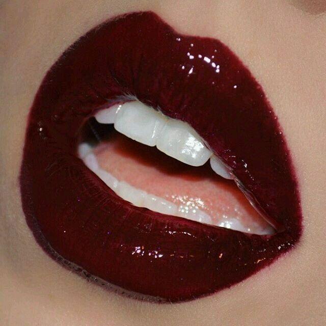 Trendy Makeup Glossy Red Lips Lips Lipstick Red Lipsticks