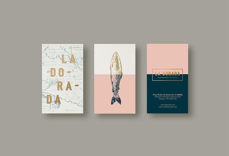 La Dorada, un nouveau restaurant basé à Mexico. Le design recherche l'élégance, en reprenant les couleurs et motifs de la déco intérieur. Le poisson, aliment de base des menus, est mis en avant par une illustration à la main qui habille les différents supports.