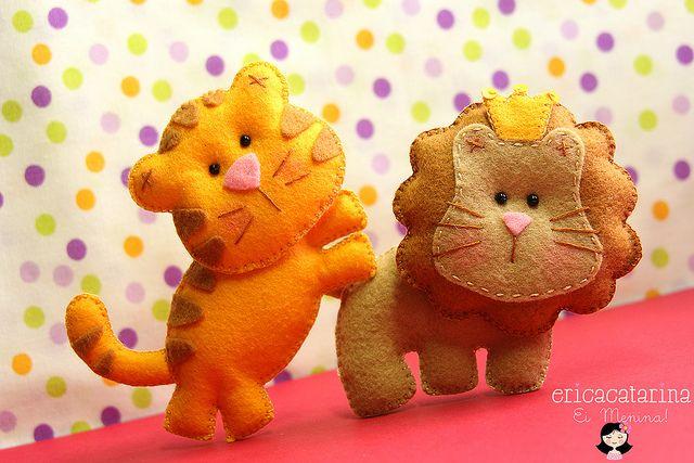 O Tigre e o leão by Ei menina! - Erica Catarina, via Flickr