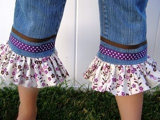 Ribbon and Ruffle Jeans - great way to extend the life of jeans after they grow out of them.Little Girls, Crafts Ideas, Wear Jeans, Business Lizzie, Jeans Skirts, Girls Jeans, Ruffles Jeans, Business Lizzy, Old Jeans